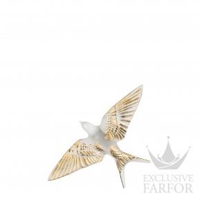 10645900 Lalique Swallow 640