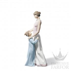 "01006771 Lladro Family Stories ""Motherhoods"" Статуэтка ""От матери к дочери"" 36 x 16см"