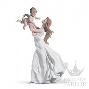 """01006858 Lladro Family Stories """"Motherhoods"""" Статуэтка """"Мой драгоценный малыш"""" 46 x 29см"""