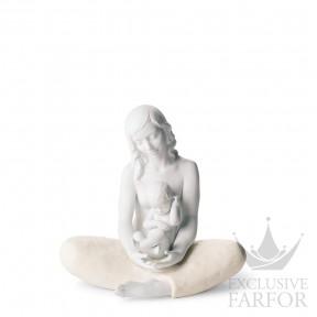"""01008404 Lladro Family Stories Статуэтка """"Мама"""" 22 x 22см"""