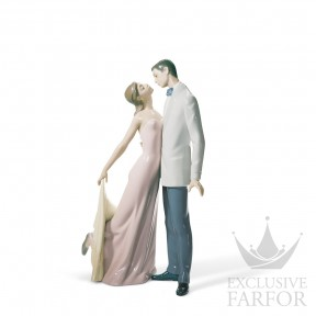 "01006475 Lladro Love stories ""Romances"" Статуэтка ""С годовщиной"" 32 x 21см"