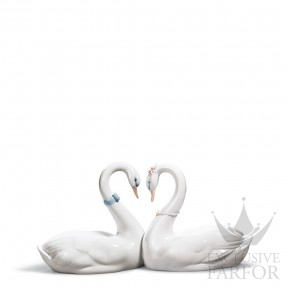 "01006585 Lladro Love stories ""Anniversaries"" Статуэтка ""Бесконечная любовь"" 13 x 27см"