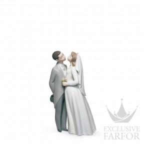 "01006620 Lladro Love stories ""Weddings"" Статуэтка ""Поцелуй"" 19 x 12см"