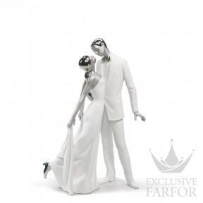"01007045 Lladro Love stories Статуэтка ""С годовщиной (Re-Deco)"" 32 x 21см"