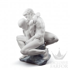 "01008727 Lladro Love stories Статуэтка ""Страстный поцелуй (белый)"" 41 x 31см"