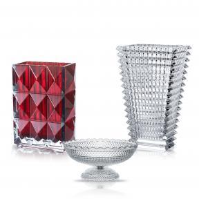 Вазы и чашы